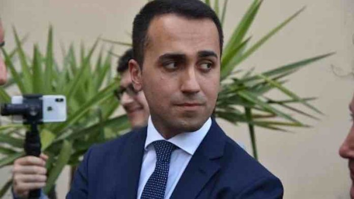 standard and Poor's neutro Di maio