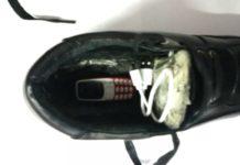 durante i colloqui in carcere si scambiano le scarpe